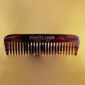 Peigne à barbe  A queue, corne blonde, 16 dents.