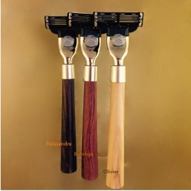 Le rasoir Match 3, bois « le plume »